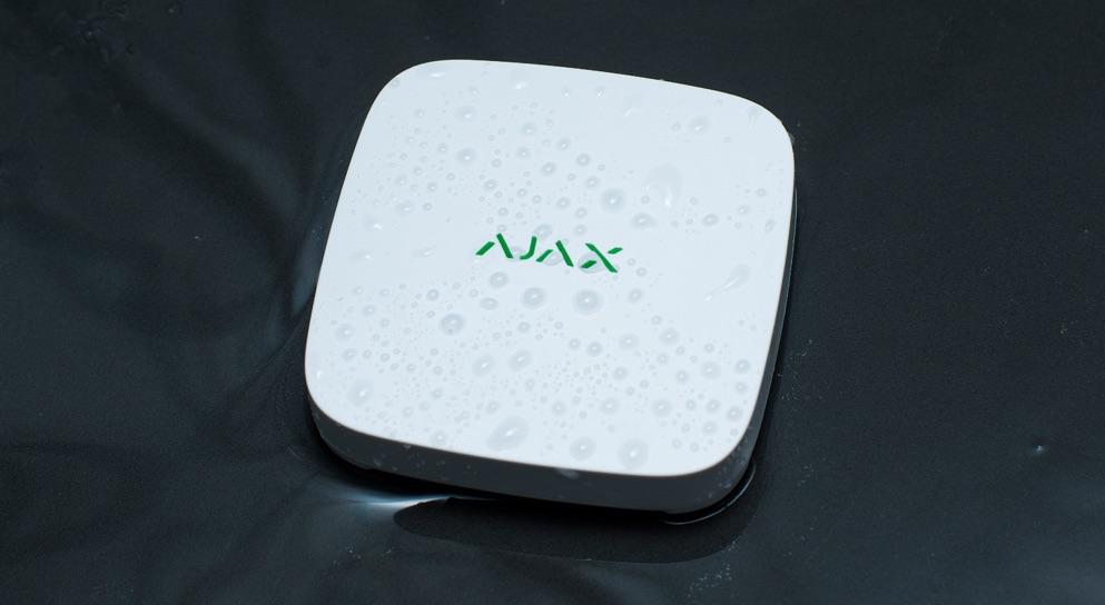 Комплект сигнализации Ajax StarterKit с системой защиты от протечки воды