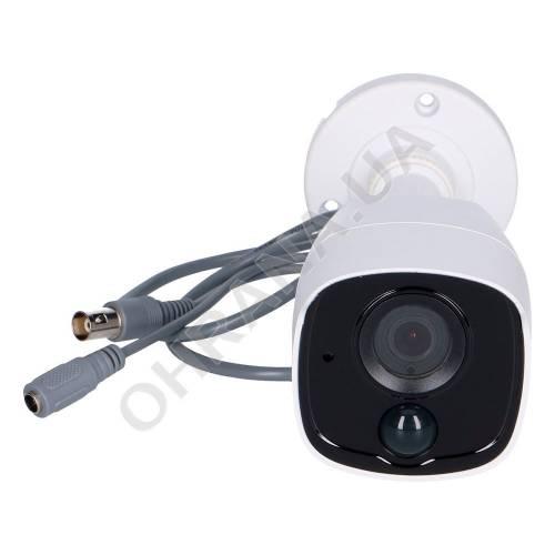 Фото 5 Мп Turbo HD PIR відеокамера Hikvision DS-2CE11H0T-PIRL (2.8 мм)