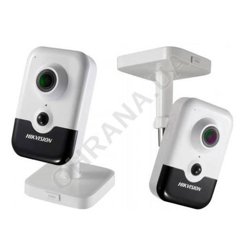 Фото 2 Mp IP камера видеонаблюдения Hikvision DS-2CD2421G0-I (2.8 мм)